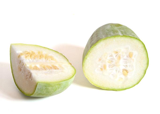 przekrojony owoc beninkazy